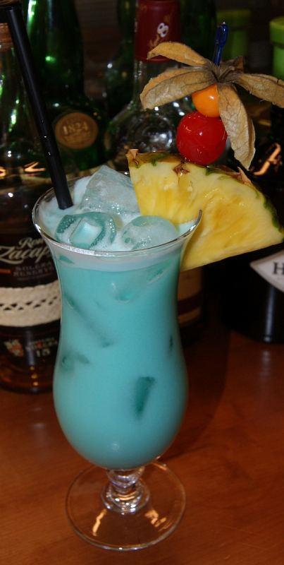 swimmingpool cocktail alkoholfrei