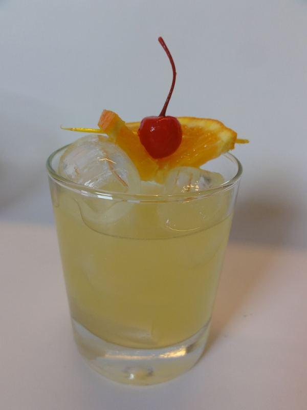 wodka sour hausbar rezept aus der cocktail datenbank. Black Bedroom Furniture Sets. Home Design Ideas