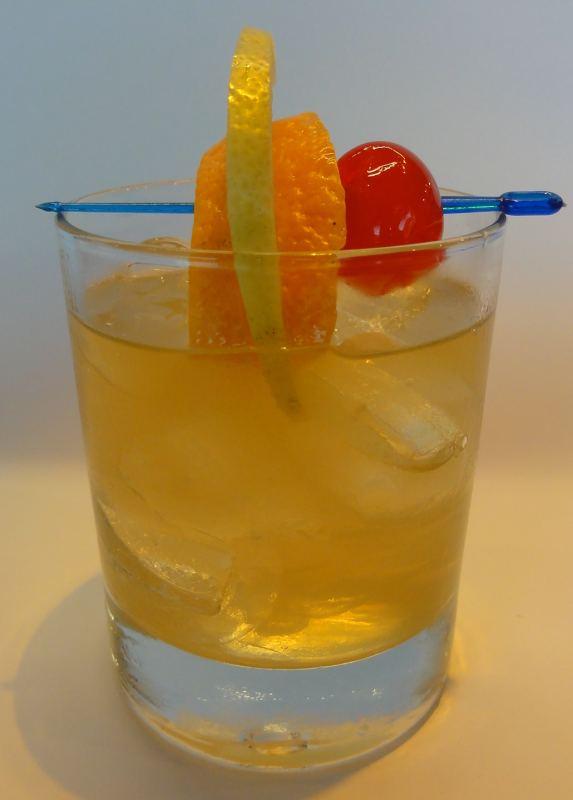 brandy sour hausbar rezept aus der cocktail datenbank. Black Bedroom Furniture Sets. Home Design Ideas
